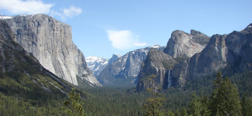 Yosemite Valley panorama from Tunnel View